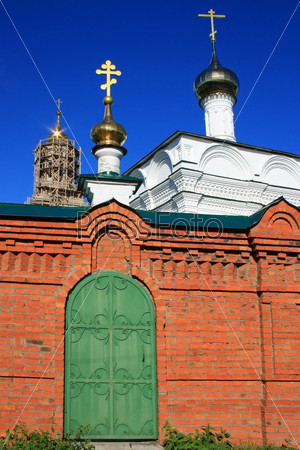 Дверь в православный храм