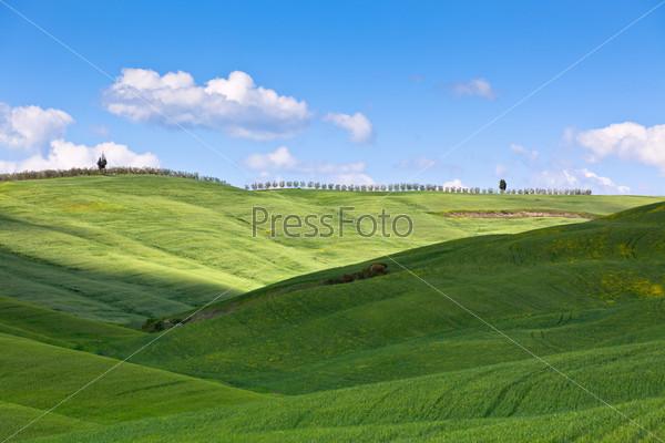 Light and shadows on Tuscan hills