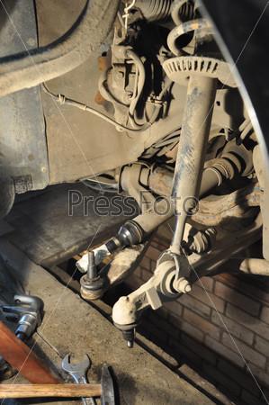 Ремонт подвески автомобиля audi a4 в гараже на яме