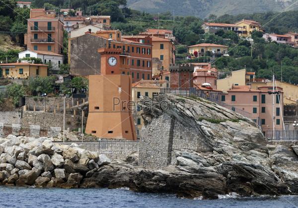 Buy an island in Tuscany