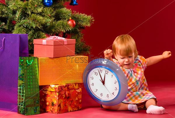 ребенок знакомиться с часами