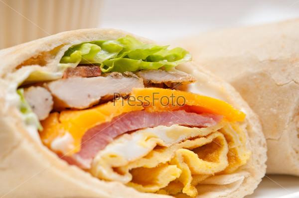 how to make pita bread sandwich
