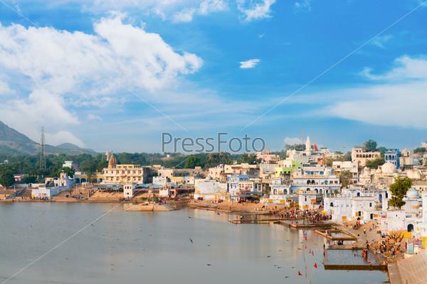 Фотография на тему Святое место для индусов - город Пушкар, Индия