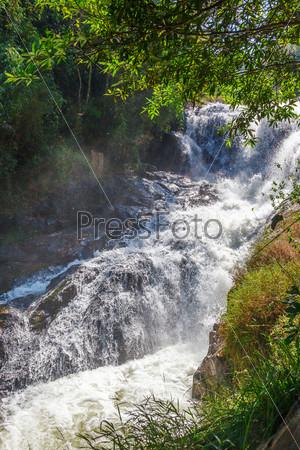 Фотография на тему Голубой водопад, Вьетнам