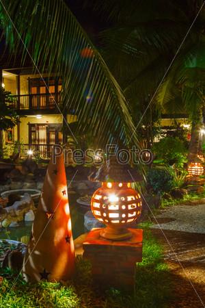 Фотография на тему Тропинка в гостиницу