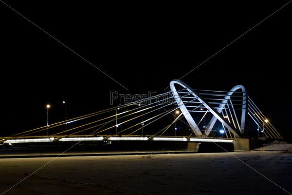 Фотография на тему Лазаревский мост ночью