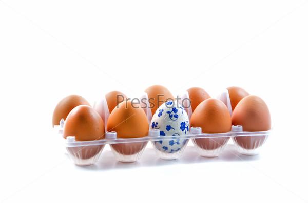 Яйца в контейнере