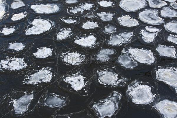 Круглый лед