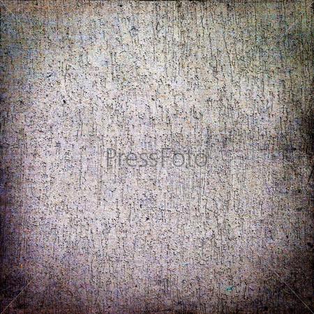 Трещины на бетонной стене