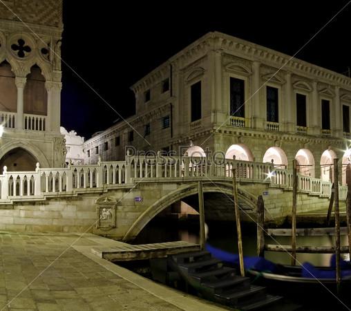 Соломенный мост (Понте ди Палья) через Дворцовый канал, Венеция, Италия