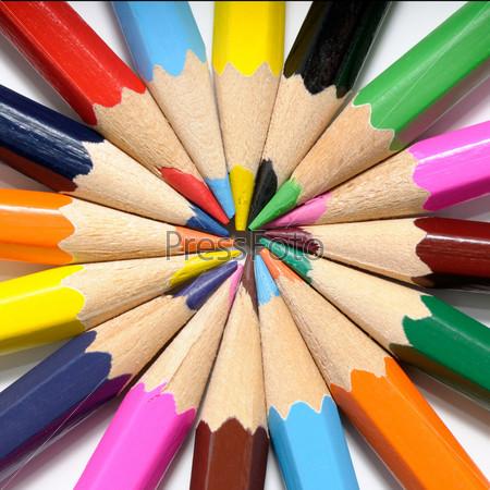 Фотография на тему Цветные карандаши