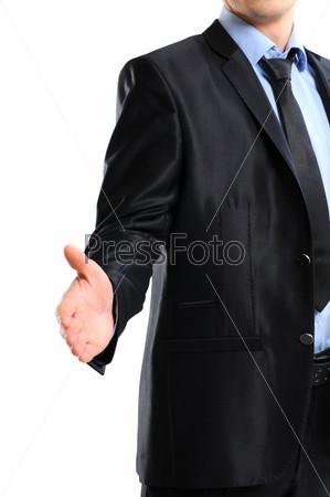 Деловой мужчина с рукой, протянутой для рукопожатия