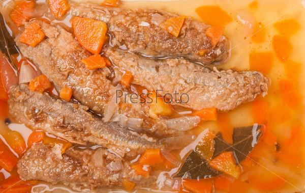 Сочная маринованная корюшка с морковью