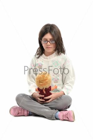 Фотография на тему Девочка с куклой