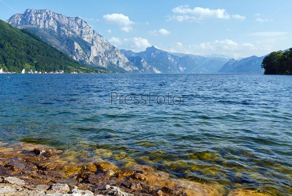 Летнее озеро Траунзее (Австрия)