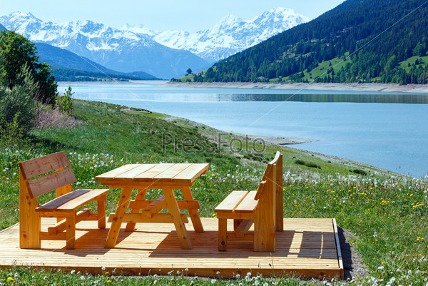 Фотография на тему Летний пейзаж на озере Решен, Австрия