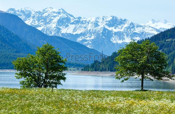 Летний пейзаж на озере Решен, Австрия