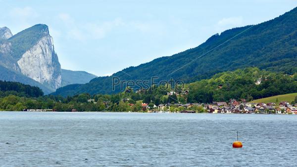 Озеро Мондзее летом, Австрия