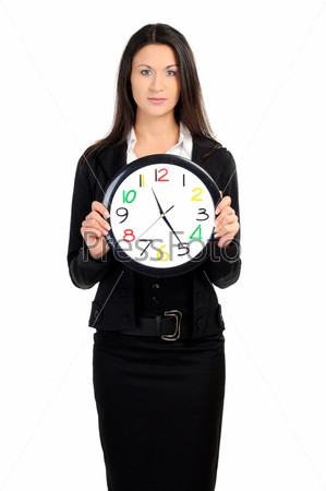Портрет бизнес-леди с часами на белом