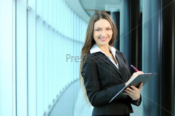 Портрет красивой бизнес-леди
