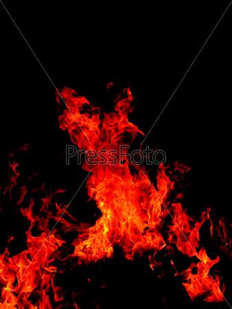 Пламя на черном фоне