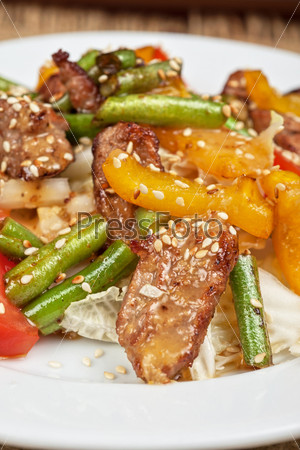 Фотография на тему Теплый салат с телятиной
