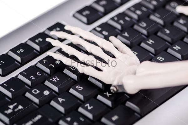 Скелет работает на клавиатуре