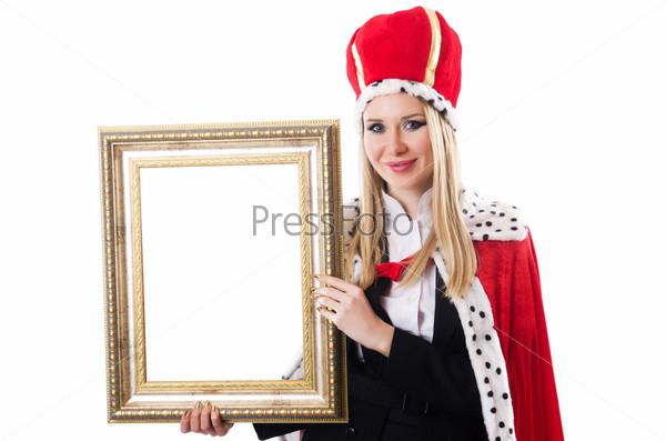 Женщина-королева в смешной концепции