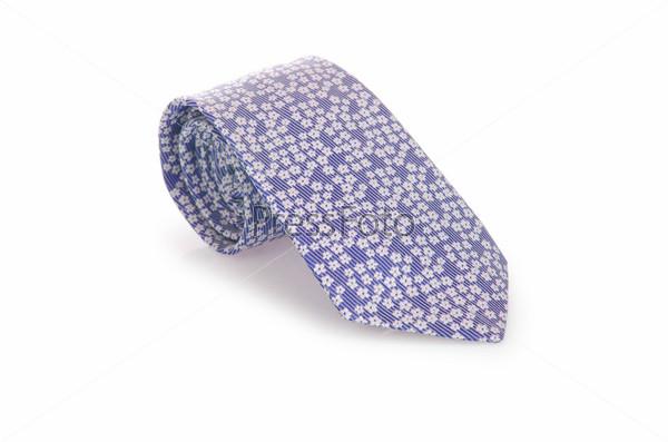 Элегантный шелковый галстук на белом фоне