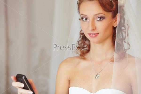 Фотография на тему Невеста с телефоном