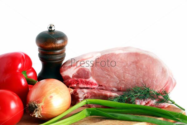Фотография на тему Сырое мясо и овощи