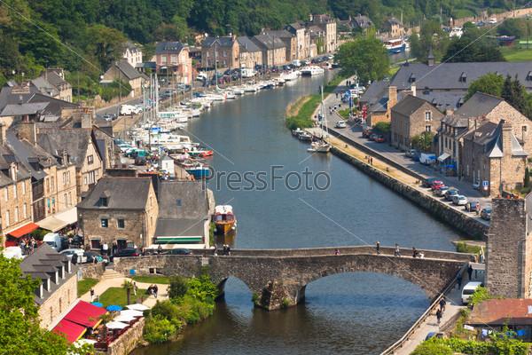Динан, Бретань, Франция. Древний город на реке