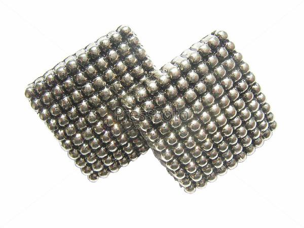 Две серебряные пуговицы