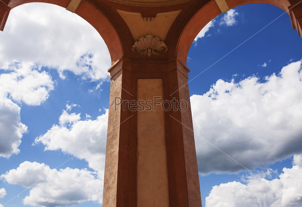 Небо в арке