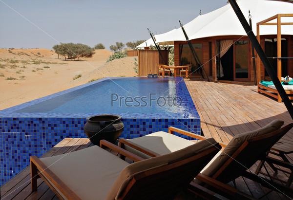 Фотография на тему Спокойная зона отдыха на курорте