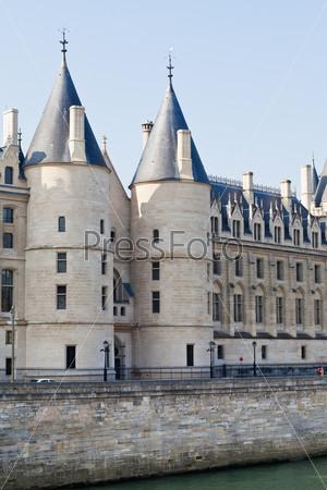 Фотография на тему Дворец Консьержери в Париже
