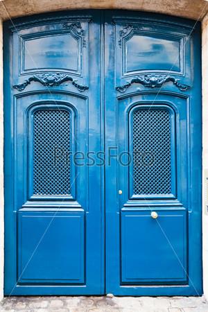 Фотография на тему Синяя французская деревянная дверь