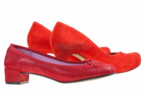 Фотография на тему Две пары красных женских туфлей