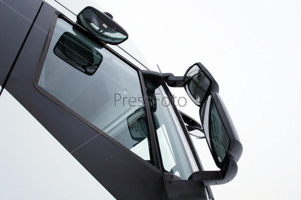 Зеркало грузовика