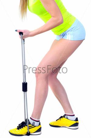 Фотография на тему Красивая здоровая женщина занимается фитнесом