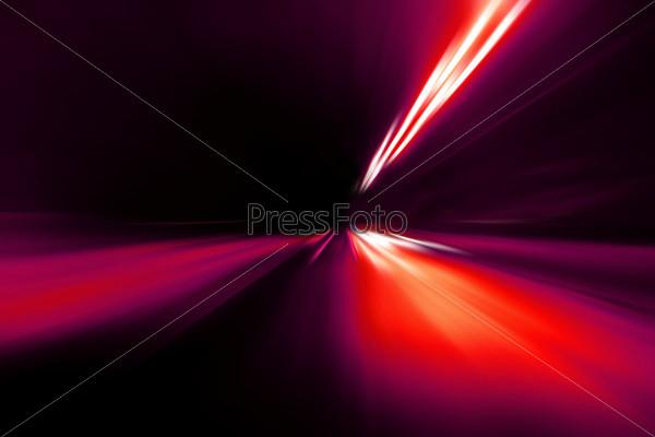 Быстрое дорожное движение ночью