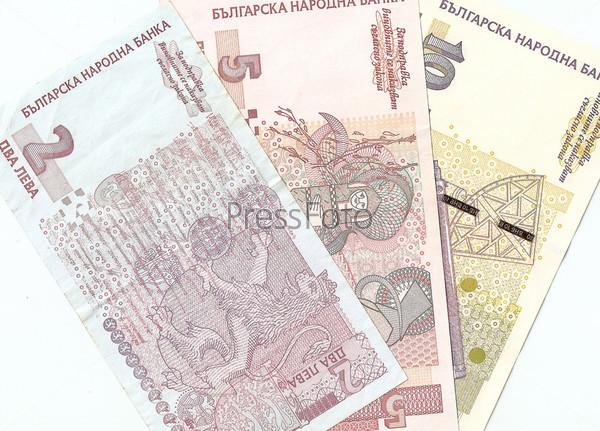 Болгарские банкноты - 2, 5, 10 болгарских левов. Оборотная сторона