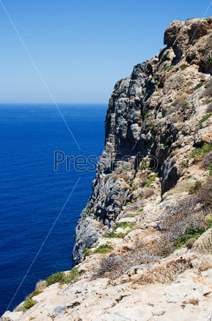 Фотография на тему Гора и море на заднем плане