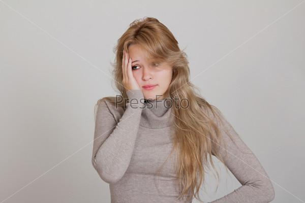 Молодая женщина в депрессии