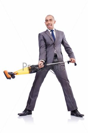 Бизнесмен с пылесосом на белом