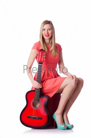 Фотография на тему Женщина играет на гитаре, изолированная на белом