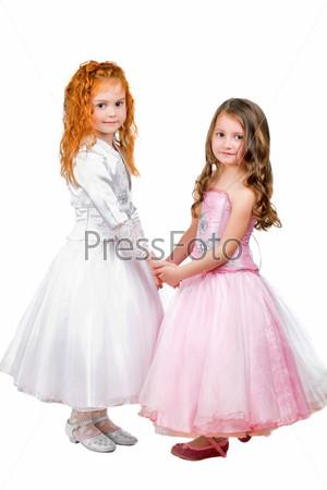 Фотография на тему Маленькие девочки в красивых платьях