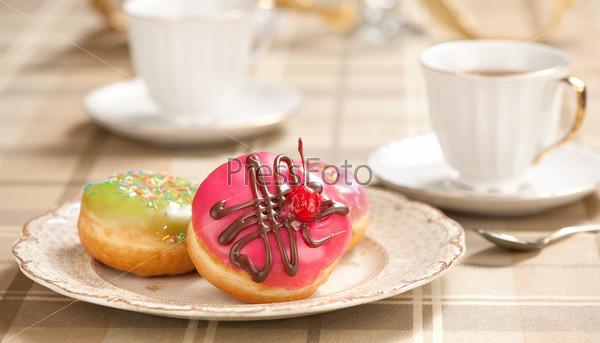 Фотография на тему Чай и пончики
