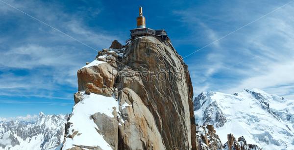 Фотография на тему Станция на вершине горы. Эгюий-дю-Миди, Франция