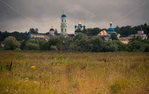 Фотография на тему Козельск (Оптино), монастырь Оптина пустынь, стены монастыря